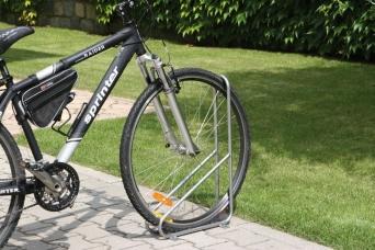 Cyklostojan pro jedno kolo 3079