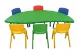 Dětský plastový stolek stůl nepravidelný půlkruh (slza) výškově stavitelný 160x85 cm 571403