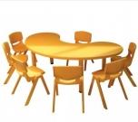 Dětský plastový stůl velký ledvinka rohlík 5708