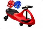 PlasmaCar červené vozítko s volantem a přilbou