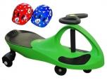PlasmaCar zelené vozítko s volantem a přilbou