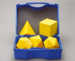 Sada 5 pravidelných mnohostěnů v kufříku