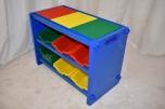 Skříňka s hrací deskou a šesti nádobami